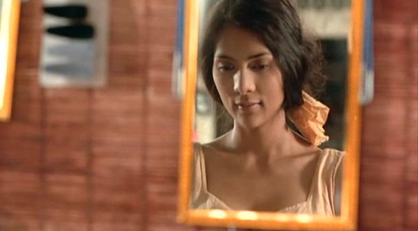 镜中美女1